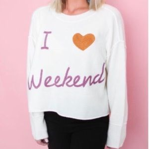 NWOT Weekends Comfy Sweater